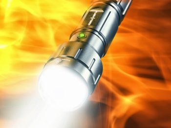 flashtorch_4web-600x450